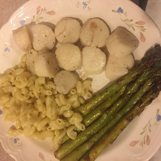 Seared Scallops with Balsamic Asparagus and Butter Noodles